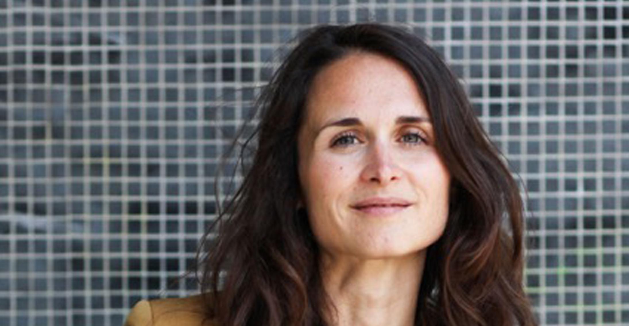 Constance Gennari, The Socialite Family